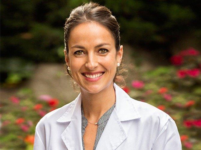 Carlota Anfruns Clinica Dental Anfruns