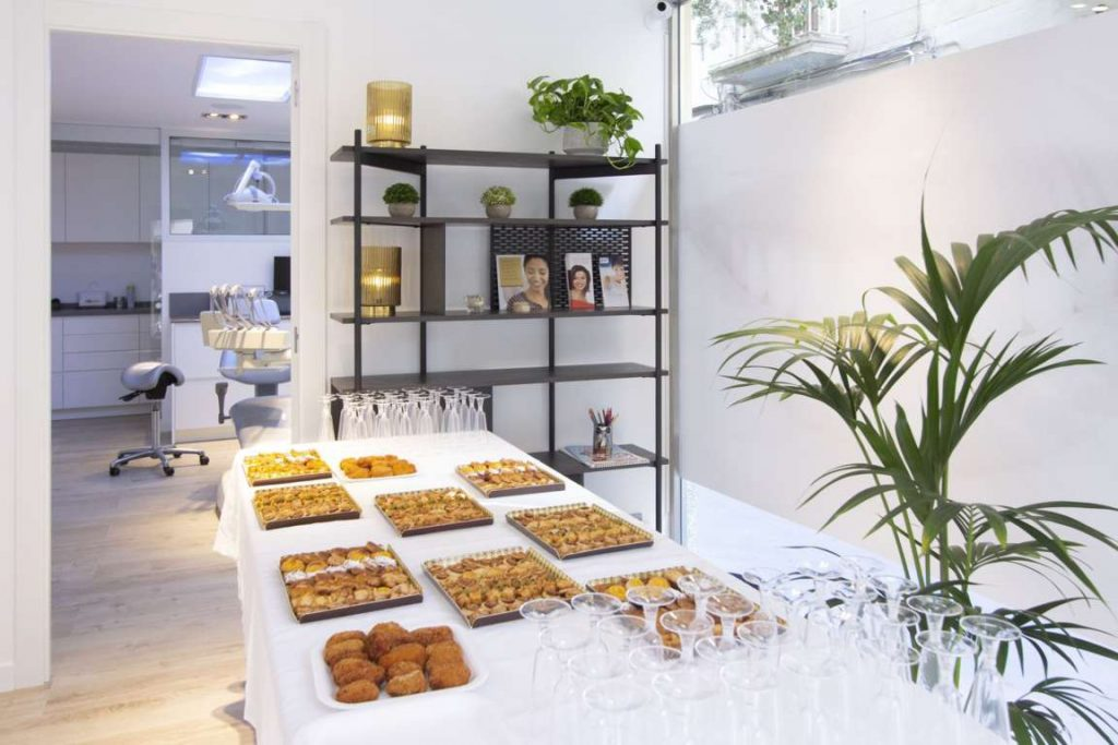 The snacks at the opening day at Masri & Anfruns Dental Costa Brava