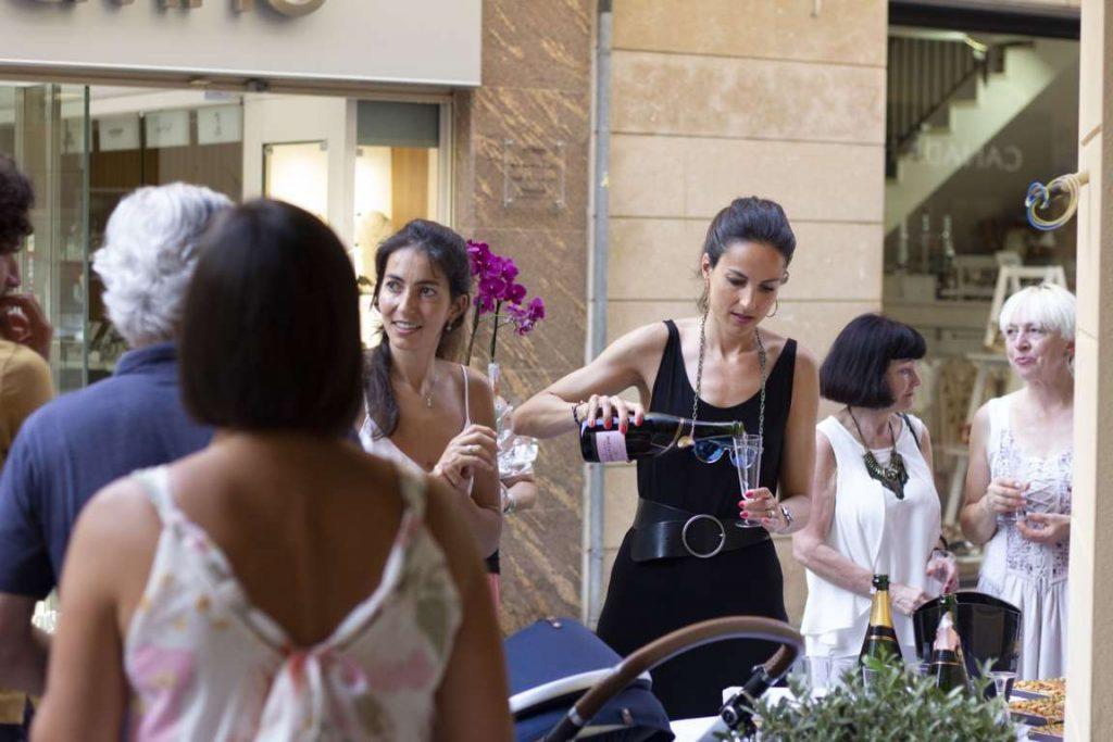 La Doctora Carlota Anfruns el día de la inauguración Masri & Anfruns Dental Costa Brava